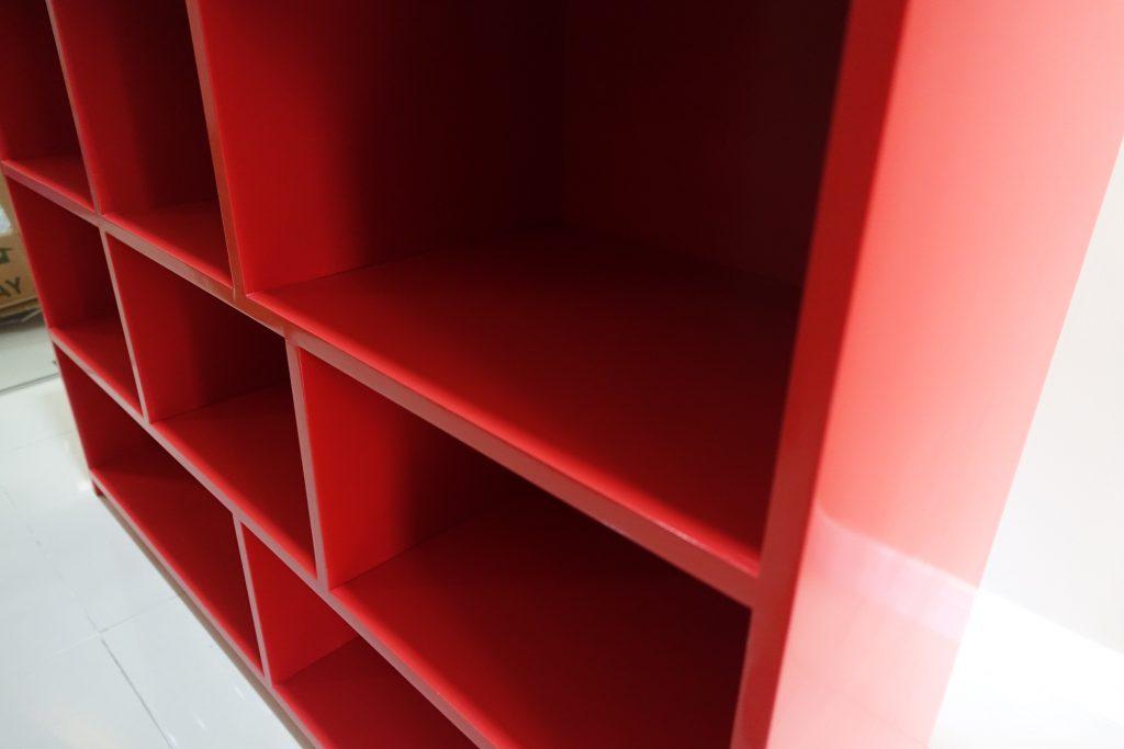 toy-shelf-red-3
