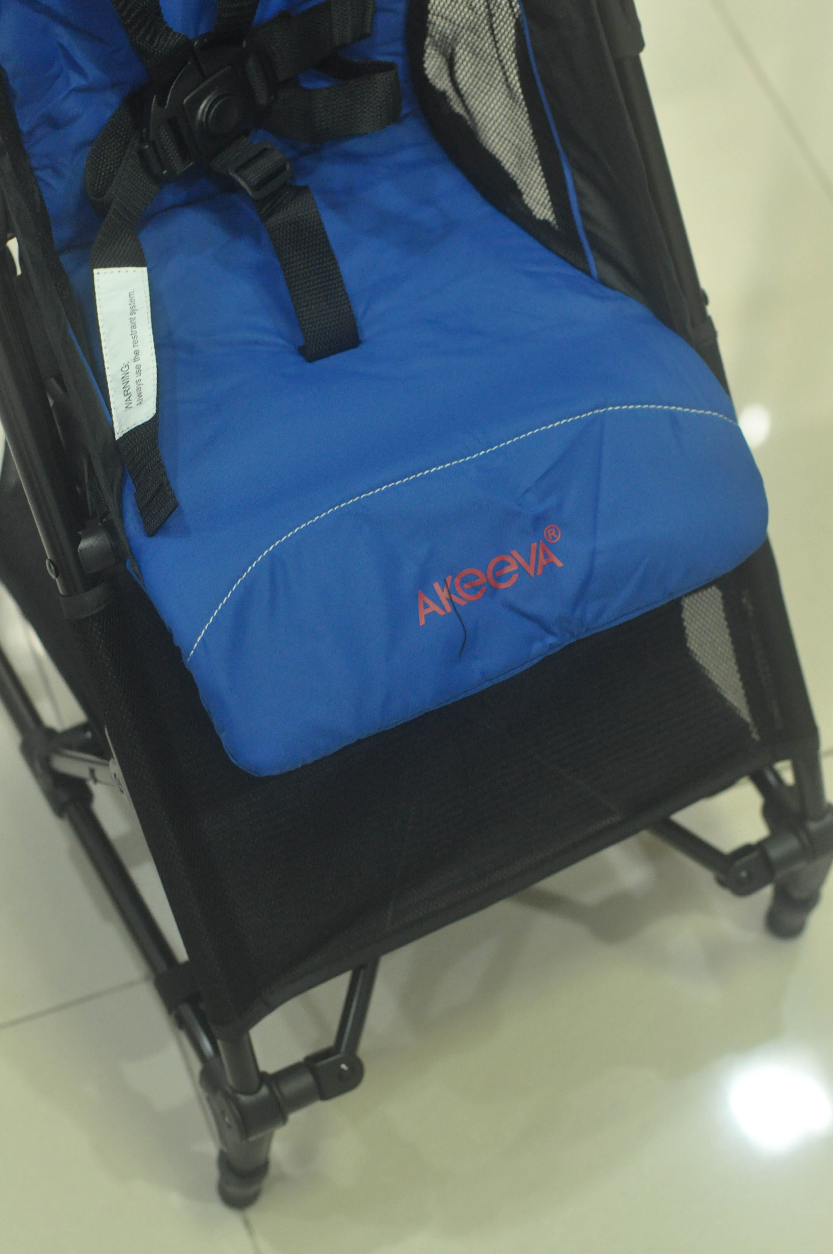 akeeva alvis pocket stroller philippines front view
