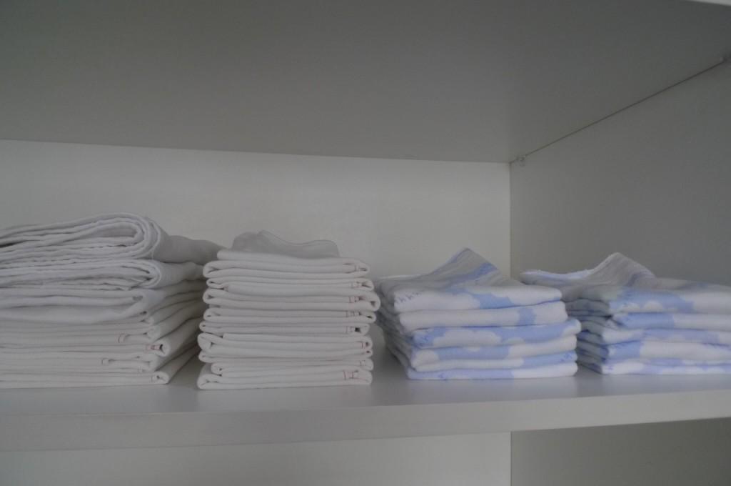 Absorbent cloth diaper flats
