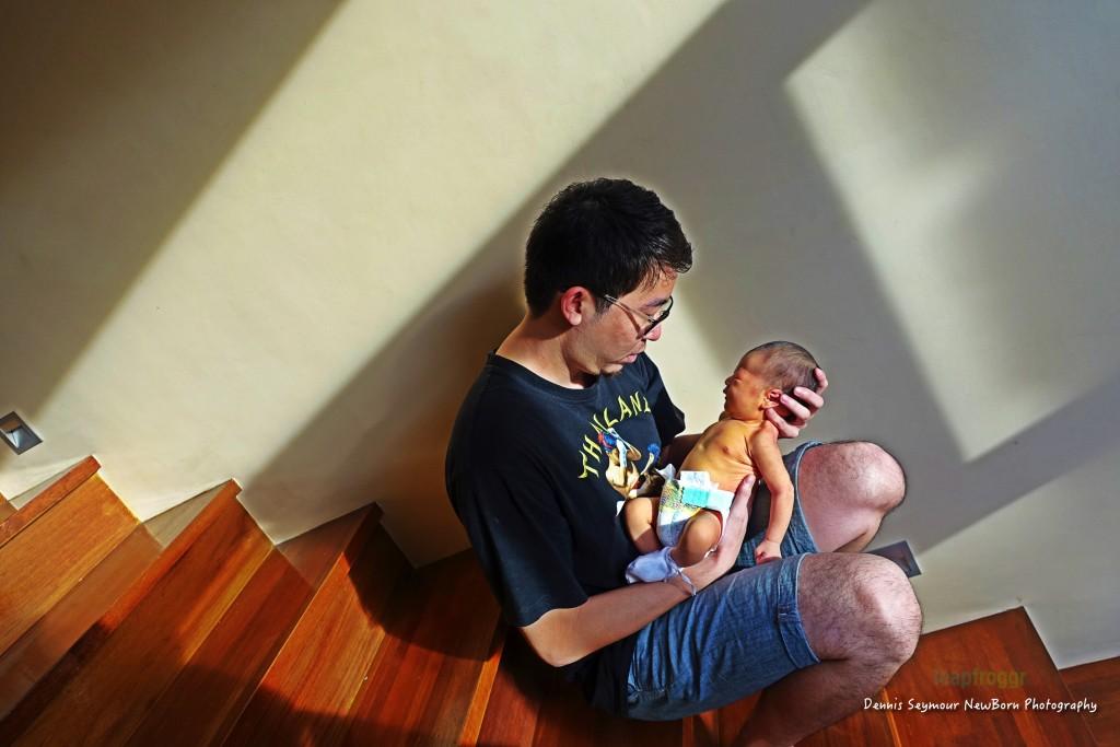 Den's first duty as daddy. Sunbathing Light!