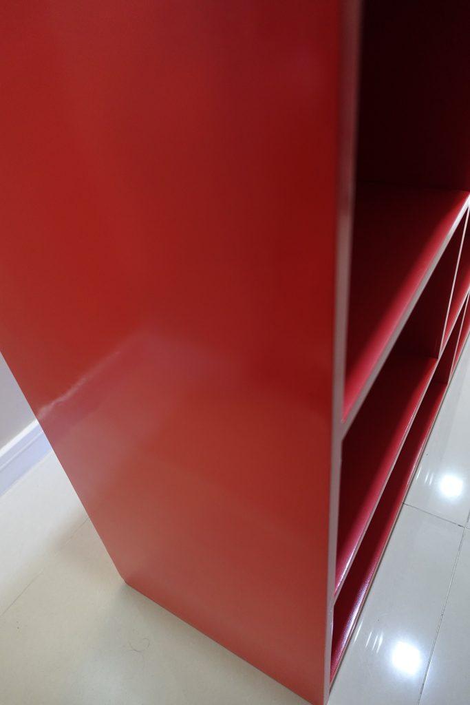 toy-shelf-red-2