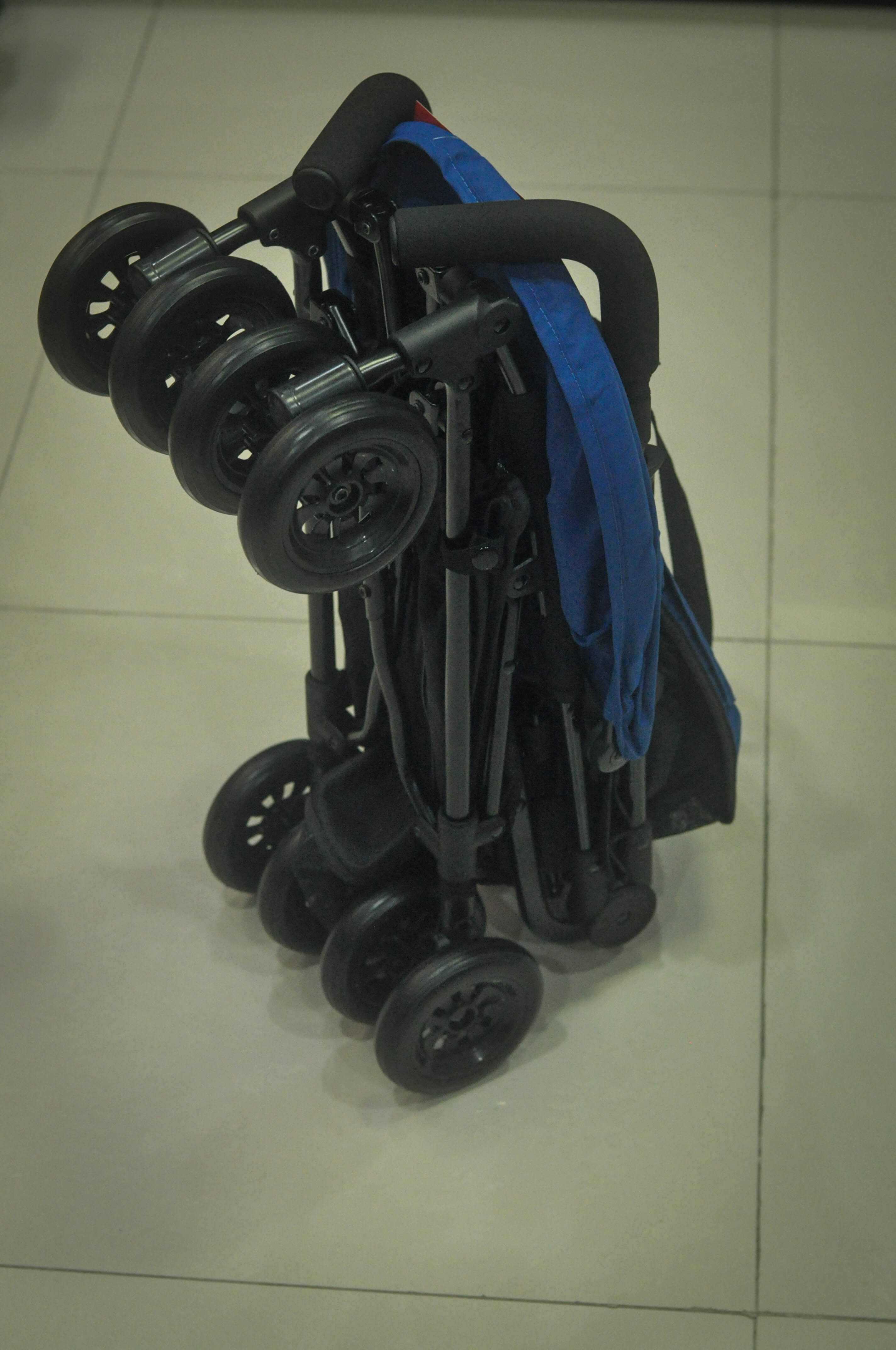 akeeva alvis pocket stroller philippines can stand up