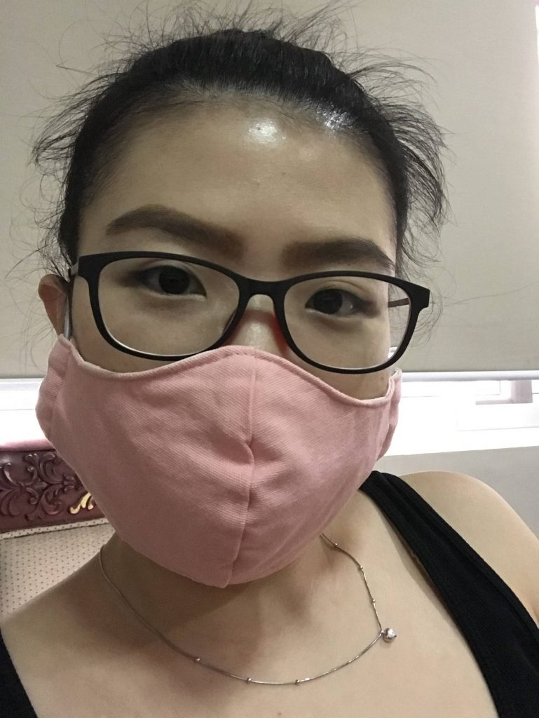wearing face mask during pandemic